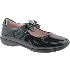 70705808b 40 Best School Shoes images