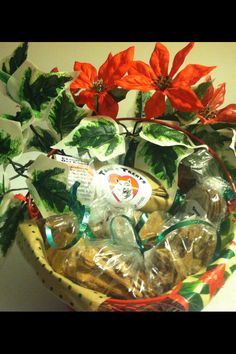 One of our Tana's Treats specials, the #Christmas dog treat Holiday gift basket, for the #doglover in your life :-)