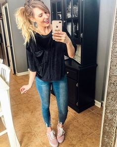 How to style Pink Vans - Jillian Landry Designs Boutique Vans Shoes Outfit, Vans Shoes Fashion, Fashion Outfits, Casual Outfits, Cute Outfits, Casual Clothes, Fall Outfits, Boutique Clothing, Fashion Boutique
