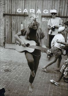 Willy Rizzo (1928-2013) - Brigitte Bardot - Saint-Tropez - 1958 - Catawiki