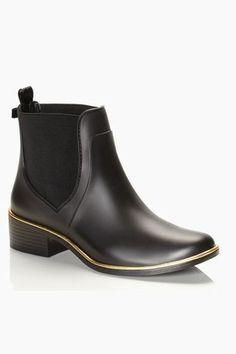 31 Stylish Rain Boots You'll Want To Wear Rain or Shine #refinery29  http://www.refinery29.com/fall-rainboots#slide-5