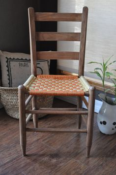 SALE*Vintage Arts And Crafts Mission Style Ladderback Woven Seat Chair /  Accent Chair / Dining Chair / Amish Chair / Macrame Chair