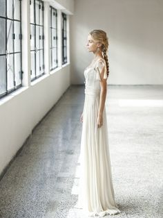 Romantic airy wedding dress by Katia Delatola. #romanticweddingdress #airydress #weddingdress See more http://www.love4weddings.gr/