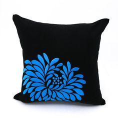 Azul funda de almohada flor negro lino bordado de flores azul