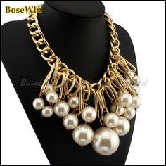 Collar de perlas artificial