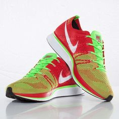 the best attitude d1189 39ab0 Nike Flyknit Trainer Plus Red Green Cross Training Shoes 532984 631