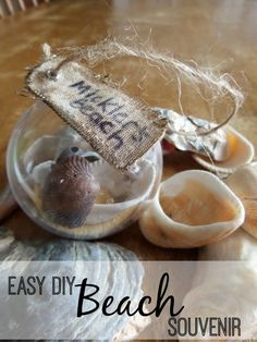 Remember your Vacation with an easy DIY Beach Souvenir. You don't have to buy an expensive souveneir when you travel - this is an easy project to make a momento from your next family vacation to the beach! Beach Souvenirs, Travel Souvenirs, Travel Destinations, Vacation Memories, Travel Memories, Souvenir Display, Souvenir Ideas, Beach Christmas Ornaments, Christmas Gifts