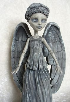 Weeping Angle Monster High doll custom. This is awesome!