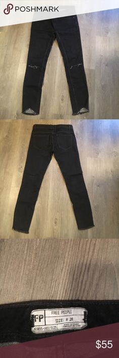 FREE PEOPLE JEANS. Size 26. FREE PEOPLE JEANS. Size 26. New without tag and never worn! Free People Jeans Skinny