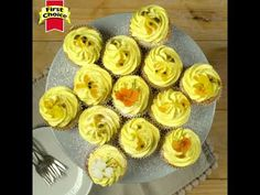 Passionfruit Cupcakes Dessert Recipes, Desserts, Pineapple, The Creator, Muffin, Cupcakes, Fruit, Breakfast, Food