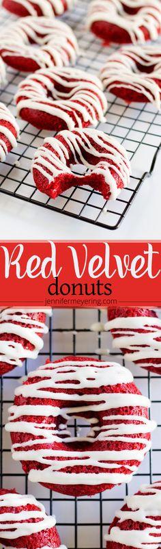 Baking donuts recipe red velvet 32 ideas for 2019 Red Velvet Donuts, Red Velvet Desserts, Red Velvet Recipes, Red Velvet Cakes, Delicious Donuts, Delicious Desserts, Dessert Recipes, Yummy Food, Healthy Donuts
