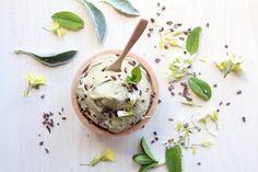 Nice cream recipe - vegan ice cream with fresh and delicious ingredients Desserts Rafraîchissants, Pizza Legume, Whole Food Recipes, Vegan Recipes, Refreshing Desserts, Vegan Ice Cream, Nice Cream, Ice Cream Recipes, Matcha