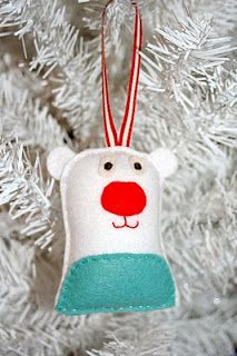 Felt polar bear ornament ~ super cute!!!