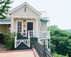 553 great southern homes images in 2019 little cottages small rh pinterest com