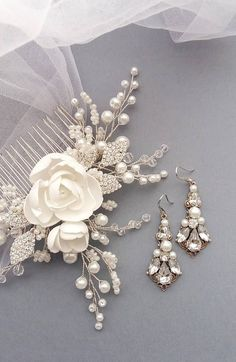 Magnolia Bridal hair comb Wedding hair comb Bridal