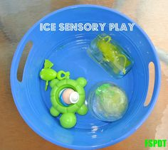 Sounds like fun: {Raising Tots} Ice Sensory Play Infant Sensory Activities, Kids Activities At Home, Playdough Activities, Motor Skills Activities, Sensory Play, Sensory Table, Learning Activities, Toddler Fun, Toddler Learning