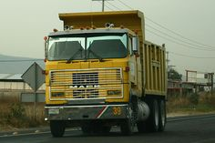 Mack MH613 dump truck #heavyhauling