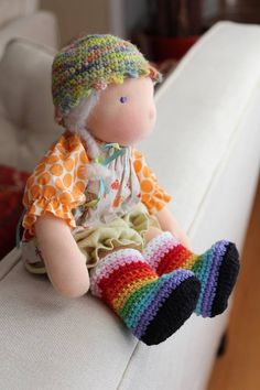 Turtlekeeper knit rainbow boots <3
