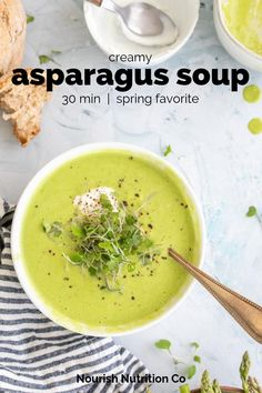 This easy creamy asparagus soup recipe is made with Greek yogurt instead of cream and you wouldn't know it. Gourmet Recipes, Soup Recipes, Healthy Recipes, Keto Recipes, Xmas Recipes, Healthy Soups, Chowder Recipes, Healthy Chef, Easter Recipes