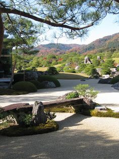 Tok'yall: Adachi Museum in Matsue, another example of the shakkei-concept in its origins