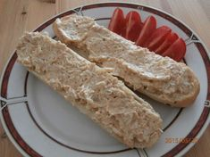 Vynikající škvarková pomazánka. Autor: Roseangel Food And Drink, Yummy Food, Bread, Cheese, Cooking, Recipes, Food Ideas, Author, Delicious Food