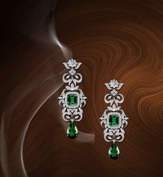 Three Great Ways To Find Cheap Diamond Rings Diamond Earrings Indian, Diamond Earing, Emerald Earrings, Emerald Jewelry, Diamond Pendant, Diamond Jewelry, Gold Jewelry, Fine Jewelry, Gold Earrings Designs