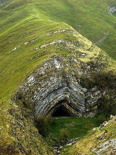 Anticline fold created Harpea's Cave, Navarra, Spain. © AlvaroM Amazing Geologist