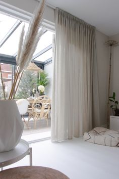 Living Room Decor Curtains, Home Curtains, Home Decor Bedroom, Living Room Modern, Living Room Interior, Home Living Room, Home Room Design, Home Interior Design, Living Room Designs