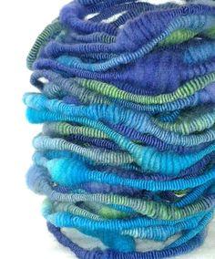 Aquatica Super Coiled Handspun Novelty Yarn by simplytwisted