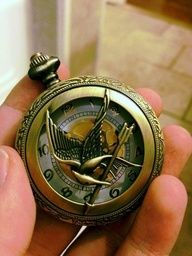 Mockingjay pocket watch - just in time for Catching Fire! Hunger Games Catching Fire, Hunger Games Trilogy, Tribute Von Panem, I Volunteer As Tribute, Katniss And Peeta, Empty Bottles, Geek Out, Games To Play, Nerdy