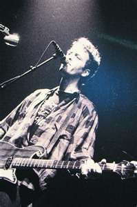 Mark Sandman — only this guy could make such awesome music with two fat, simple strings and no frets.