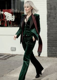 Cate Blanchett redefine o western em personagem do filme Ocean's 8 Cate Blanchett, Mode Outfits, Fashion Outfits, Oceans 8, Style Parisienne, High Fashion, Womens Fashion, Suits For Women, Style Me