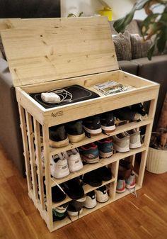 Brilliant DIY Shoe Storage Ideas For Best Home Organization 55 Wood Shoe Rack, Diy Shoe Rack, Shoe Racks, Shoe Rack Pallet, Shoe Rack Cupboard, Pallet Closet, Wooden Rack, Shoe Cabinet, Diy Storage Rack