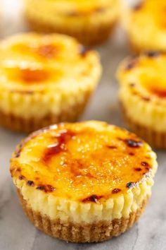 All of the delicious flavors of creme brûlée in an easy to make mini cheesecake cupcake. Youll love these delicious little single serve desserts! The post Creme Brûlée Cheesecake Cupcakes appeared first on Win Dessert. Mini Desserts, Single Serve Desserts, Just Desserts, Individual Desserts, Lemon Desserts, Lemon Recipes, Health Desserts, Mini Cheesecake Cupcakes, Cheesecake Desserts