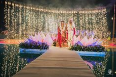 9 Majestic Decor Ideas that'll make Exchanging Varmalas Prettier than you Thought! Indian Wedding Stage, Indian Wedding Planner, Indian Bridal, Bride Groom Photos, Indian Bride And Groom, Wedding Goals, Destination Wedding, Bride Entry, Wedding Mandap