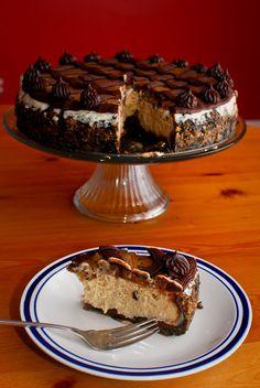 Eat, Run, Read: Cake of the Week: Cookie Dough Fudge Cheesecake