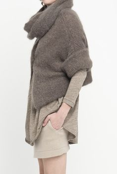 Chunky_knit_sweater