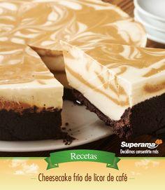 #Cheesecake frío: Mezcla 2 tzs. de galletas de chocolate molidas con 120 g de mantequilla derretida y cubre el fondo de un molde. Bate 500 g de queso crema, 2 tzs. de crema para batir y 2 tzs. de azúcar glass. Agrega 3 cdas. de grenetina caliente diluida en ½ tz. de agua y divide la mezcla en dos. Saboriza una parte con 1 cda. de vainilla y la otra con 1 cda. de café soluble y 4 cdas. de licor de café. Vierte ambas mezclas en el molde y mueve con un palillo para marmolear el batido…