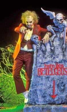 BROTHERTEDD.COM - brothertedd: Beetlejuice (1988) Beetlejuice Movie, Beetlejuice Halloween, Halloween 2019, Halloween Costumes, Tim Burton Beetlejuice, Tim Burton Characters, Tim Burton Films, Frankenstein, Movies Showing