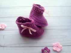 Crochet Baby Booties | Craftsy