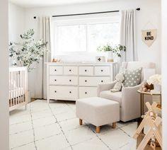 Baby Nursery Decor, Nursery Neutral, Nursery Room, Girl Nursery, White Nursery, Nursery Ideas Girls, Gender Neutral Nurseries, Baby Bedroom Ideas Neutral, Ikea Baby Room