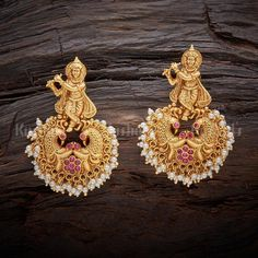 Designer antique earrings studded with synthetic ruby stones, plated with gold polish, made of copper alloy earrings Shop Antique Earrings Online For Women-Kushal's Fashion Jewellery Gold Jhumka Earrings, Peridot Earrings, Jewelry Design Earrings, Gold Earrings Designs, Gold Jewellery Design, Antique Earrings, Turquoise Earrings, Earings Gold, Gold Mangalsutra