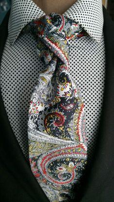 Nice combi The Renaissance Man Necktie www.thecorvancoll... #coolties