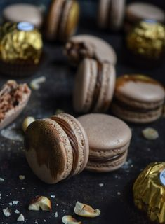 Pavlova, Macarons, Cookies, Chocolate, Food, Crack Crackers, Biscuits, Essen, Macaroons