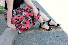 total motion, #poweredbyrockport #mydailyadventure, rockport, sandals, asos midi, midi floral skirt