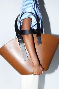 Purses And Handbags 2019 Tote Handbags, Purses And Handbags, Cheap Handbags, Luxury Handbags, Trendy Handbags, Leather Purses, Leather Handbags, Leather Totes, Leather Bags