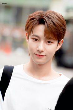 Huang Renjun, Fandoms, Na Jaemin, Chinese Boy, Entertainment, Winwin, Debut Album, Taeyong, Jaehyun