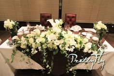 結婚式会場装花:フルオーダー会場一式【オールシーズン挙式:白グリーンバージョン】 - PrettyFly Our Wedding, Wedding Flowers, Floral Wreath, Wreaths, Table Decorations, Home Decor, Decoration Home, Room Decor, Bouquet