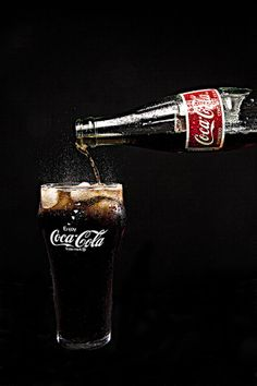Coca-Cola fl oz Cans - Coca Cola - Ideas of Coca Cola - Ideas of Coca Cola - Love a cold Coca Cola! Coca Cola Ideas of Coca Cola Ideas of Coca Cola Love a cold Coca Cola! Coca Cola Bottles, Pepsi Cola, Rc Cola, Coca Cola Wallpaper, Coca Cola Vintage, Coca Cola Decor, Always Coca Cola, World Of Coca Cola, Vintage Signs
