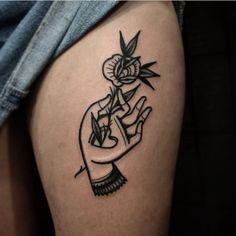 Finger Tattoos, Cute Tattoos, Black Tattoos, Body Art Tattoos, Hand Tattoos, Small Tattoos, Tattoos For Guys, Sleeve Tattoos, Traditional Tattoo Inspiration